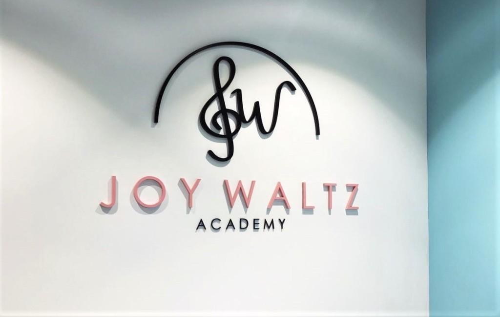 JoyWaltzStudio